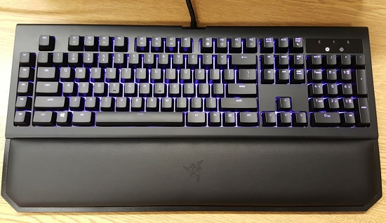 Razer Blackwidow Chroma V2 - Speed and Style - MMORPG com