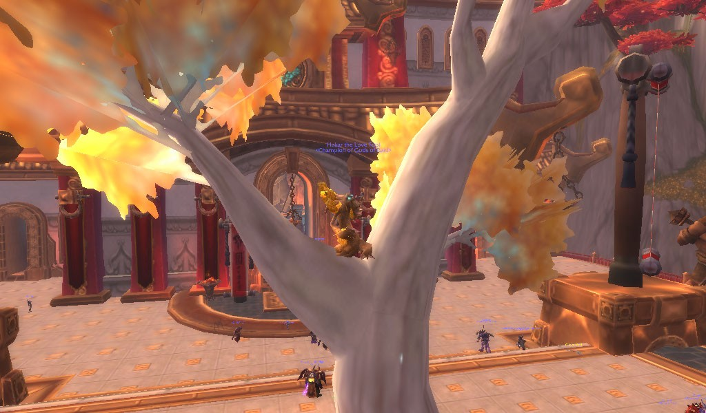 World of Warcraft - Having fun in a Tree...as a tree!