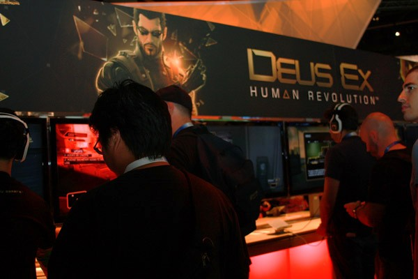 Deus Ex draws a crowd