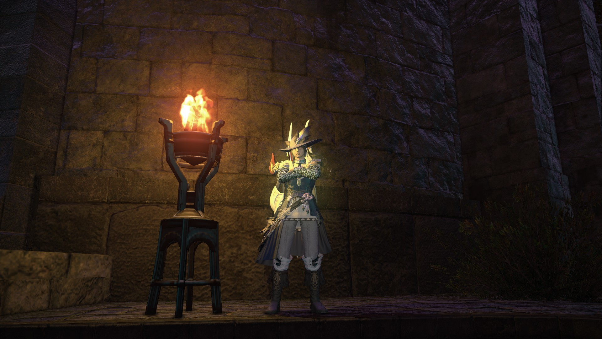 Final Fantasy XIV: A Realm Reborn - New armor for my bard! Just returned and having a blast