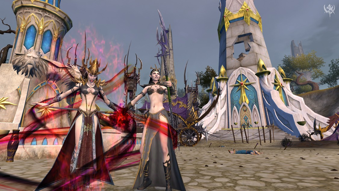 Warhammer Online: Age of Reckoning - Dark Elves in Lingerie: Probably one of the reasons players pick Destruction over Order