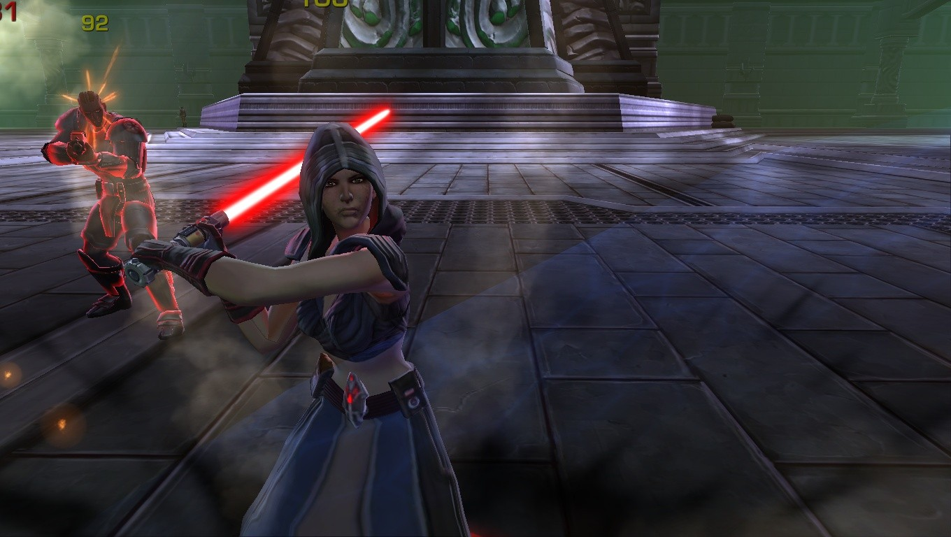 Star Wars: The Old Republic - A sith lady trying to kill me