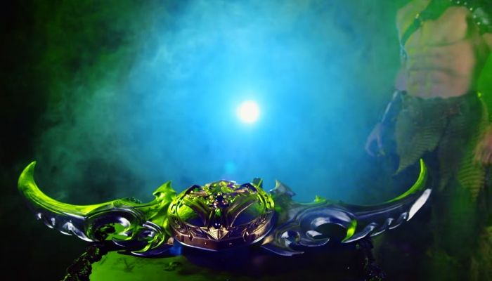 Azeroth Army Forges a Warglaive - World of Warcraft News