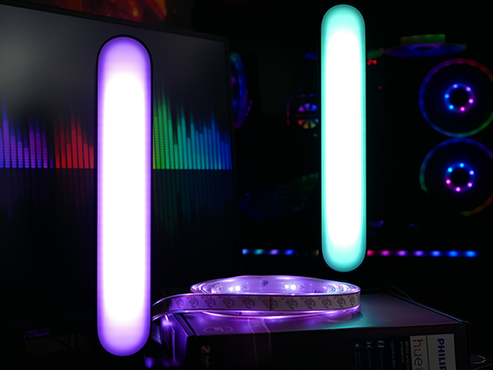 Philips Hue Play Light Bar Review: Upping My Lighting Game