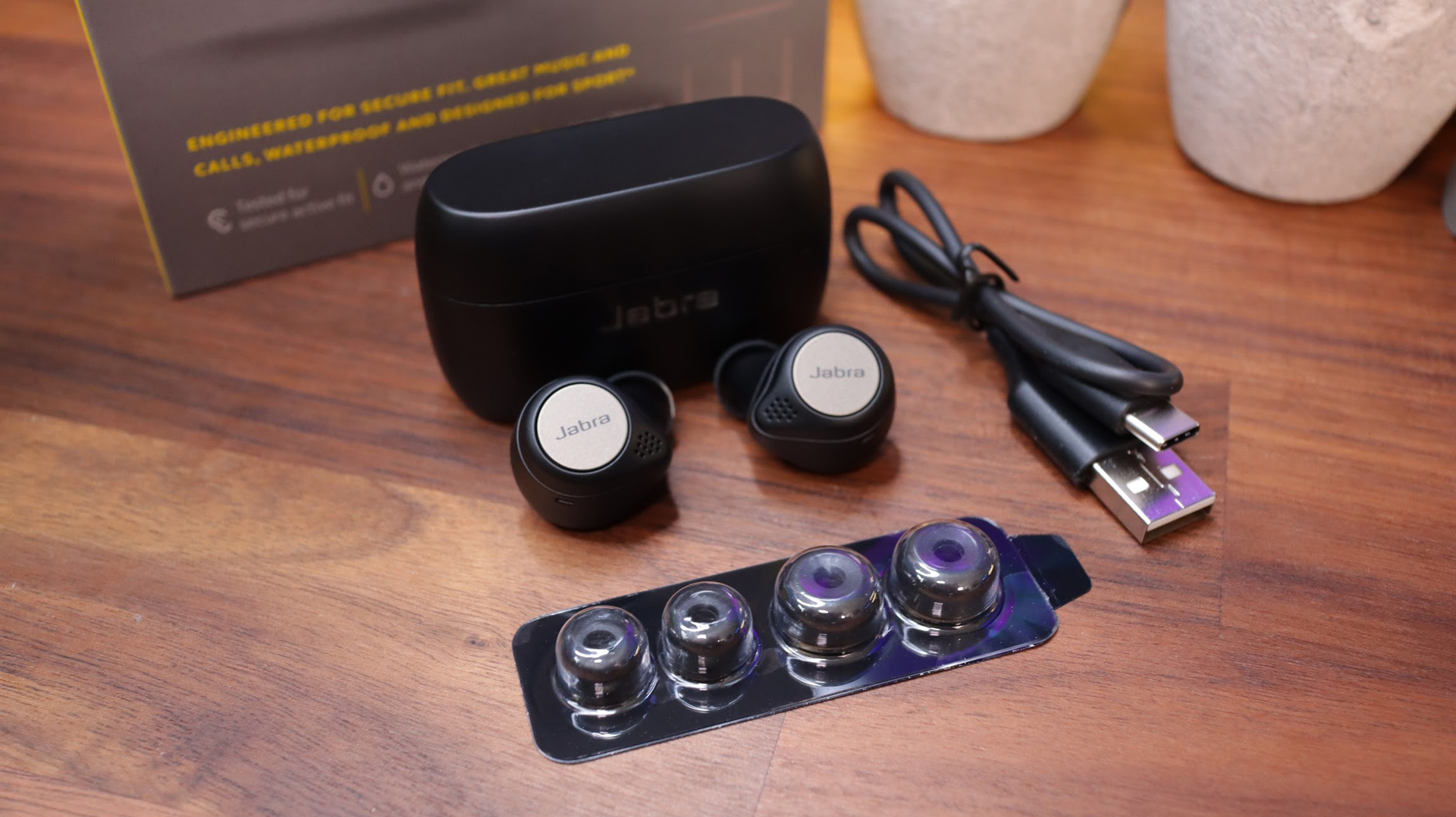 Jabra Elite Active 75t Unboxed
