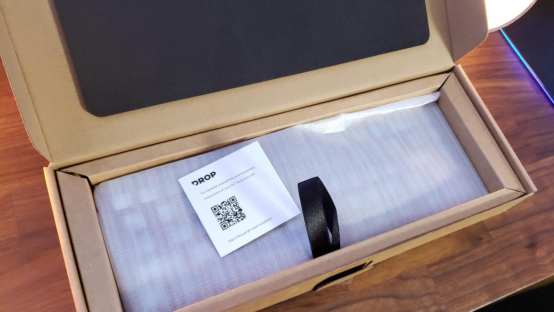 Drop ALT Aluminum Case Packaging