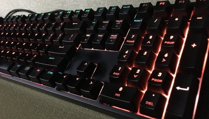 Cooler Master MasterKeys Pro L RGB: For Pros and Joes