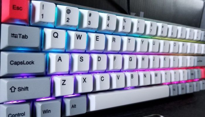 GearBest Sewino GK64: Check Out This Tiny Custom Gaming Keyboard