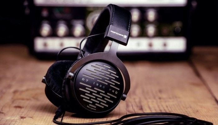 Beyerdynamic DT 1990 Pro - Studio Monitors for Your Head