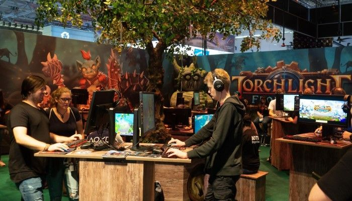 Hands On with Torchlight Frontiers - Gamescom 2018
