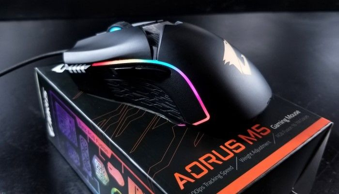 GIGABYTE AORUS M5 Gaming Mouse Review