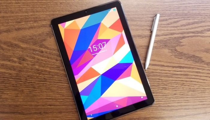 Chuwi Hi9 Plus 2-in-1 Tablet Review: Incredible Value