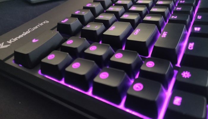 Kinesis Gaming FreeStyle Edge RGB Split Mechanical Keyboard Review