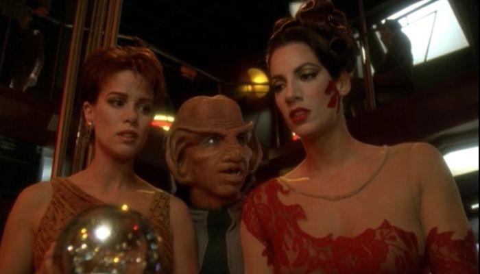 Deep Space Nine's Chase Masterson Interviewed About Victory is Life - Star Trek Online - MMORPG.com