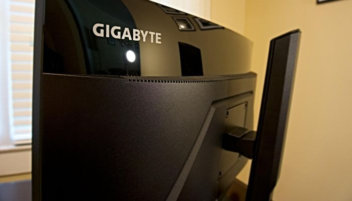 Gigabyte G27QC Gaming Monitor Review