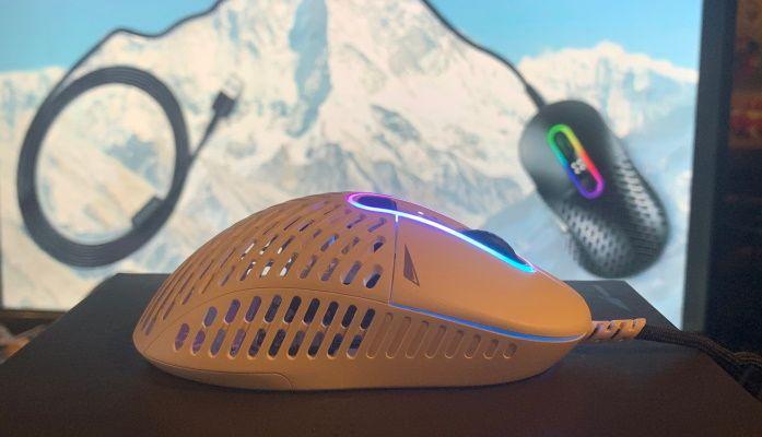 Revisión del ratón con cable Mountain Makalu 67